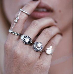 Jewelry - Eclipse Midi Rings Set